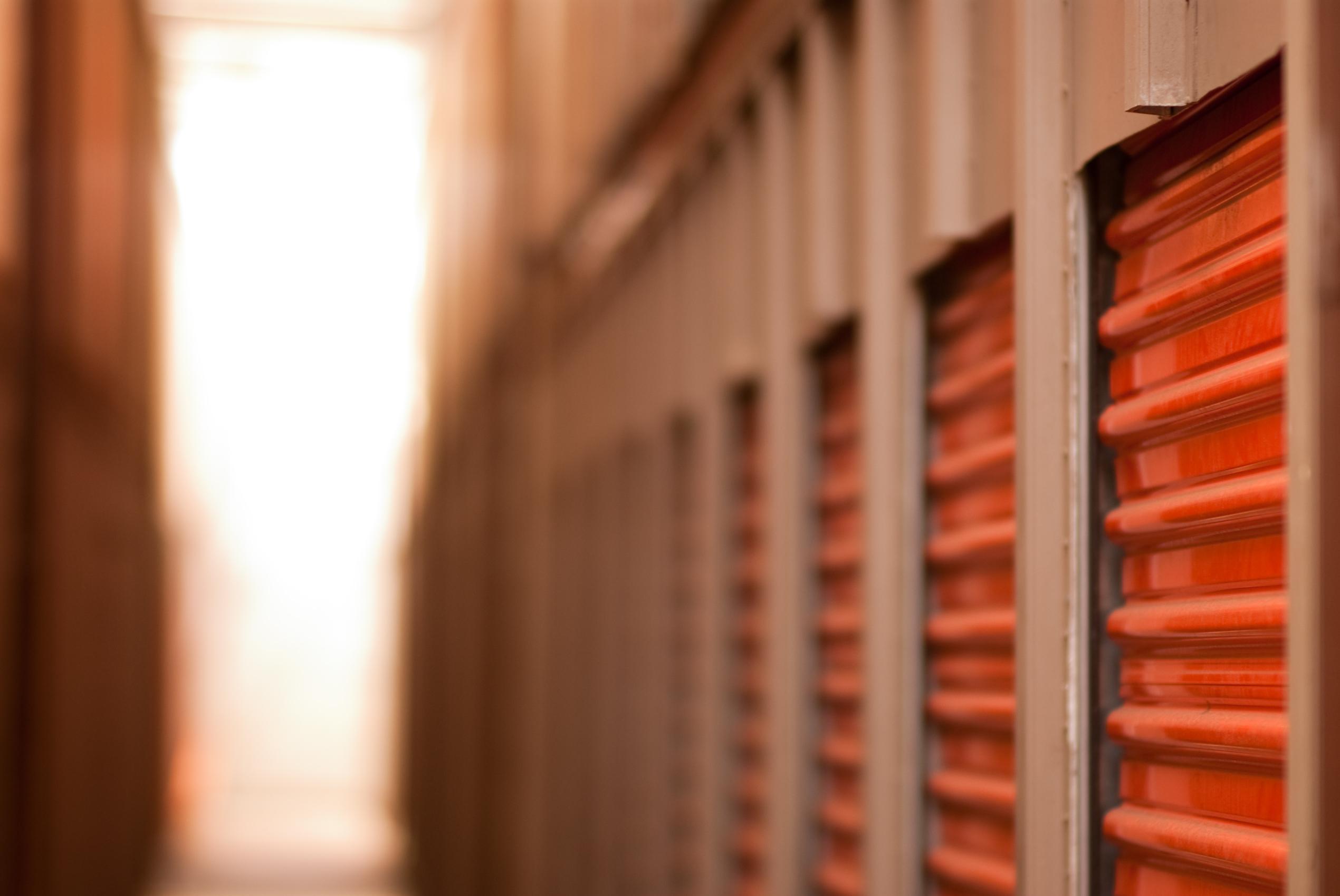 stockage de vos meubles et archivage de documents en poitou charentes. Black Bedroom Furniture Sets. Home Design Ideas